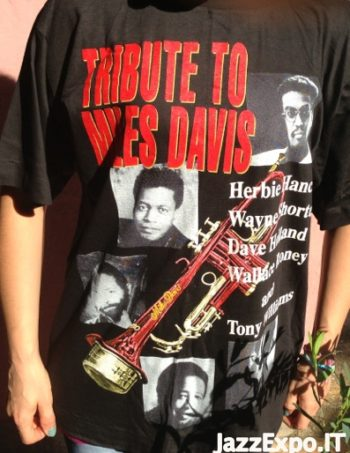 32 - T-Shirt TRIBUTE TO MILES DAVIS