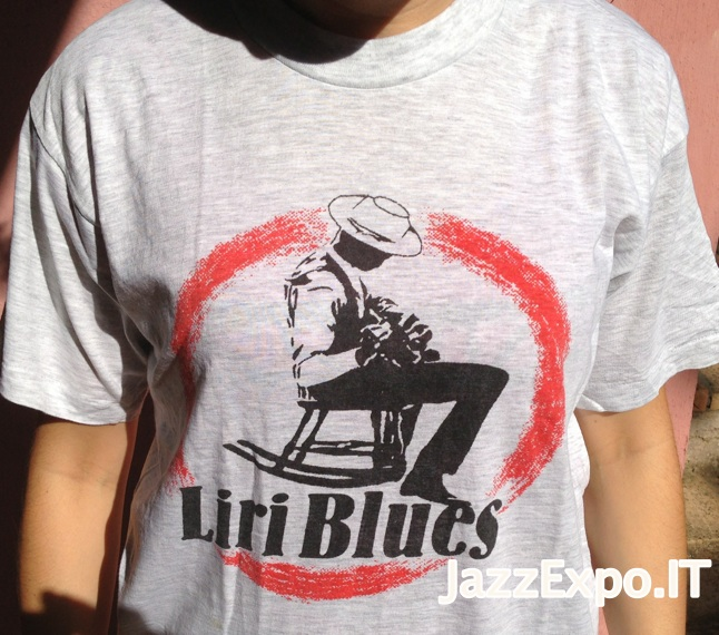 33 - T-Shirt LIRI BLUES